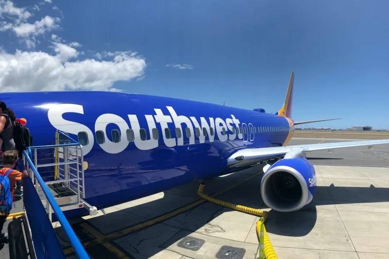 Southwest Hawaii Flight Review - 737-800 Cabin Interior