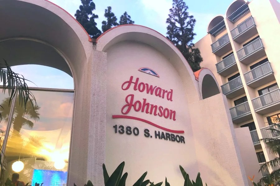 Howard Johnson Anaheim - Hojo Lobby Building