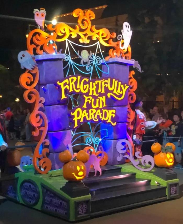 Oogie Boogie Bash Disneyland - Frightfully Fun Parade