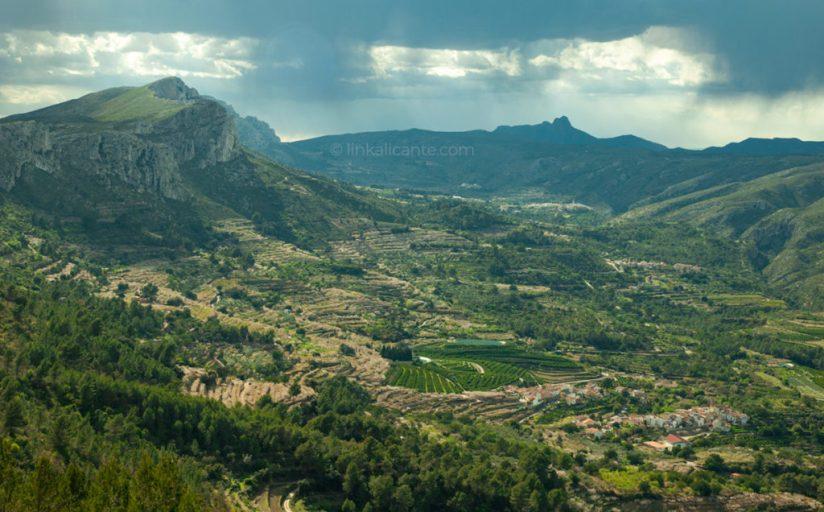 Vall de Gallinera hiking trails, Alicante