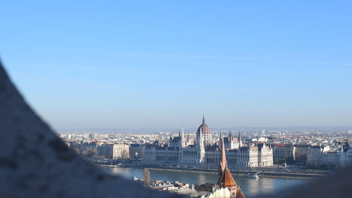 Vianočné trhy v Budapešti – prečo ÁNO, prečo NIE?