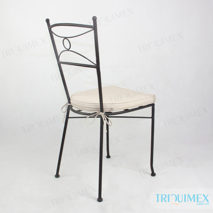 wrought-iron-stackable-dining-chair-with-cushion (13)