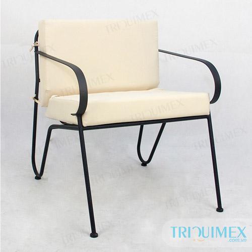 Wrought-iron-individual-sofa