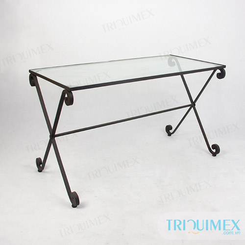 Wrought-iron-dining-table