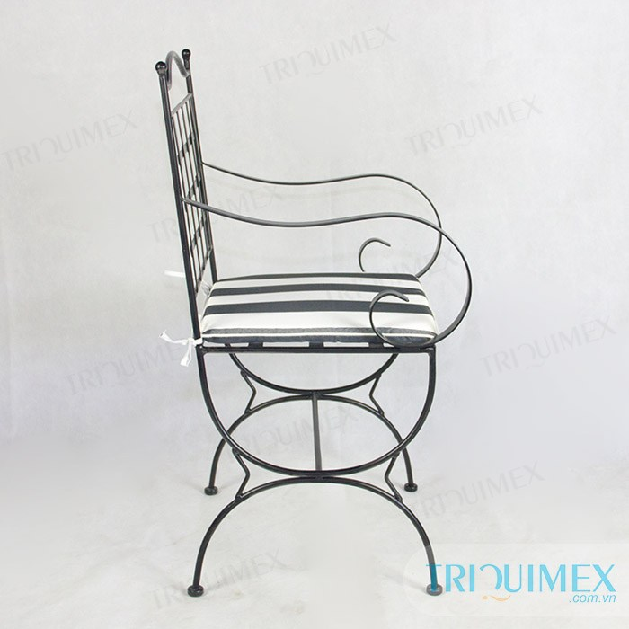 aesthetic-wrought-iron-chair4