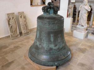 Veliko zvono iz 1704.g.
