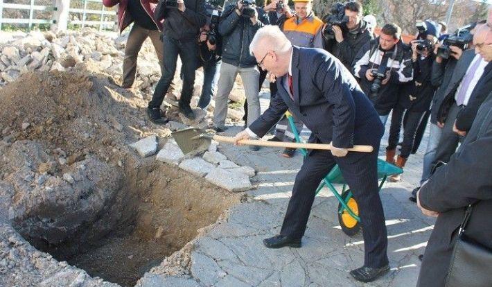 Predsjednik Josipović posjetio Drniš 097