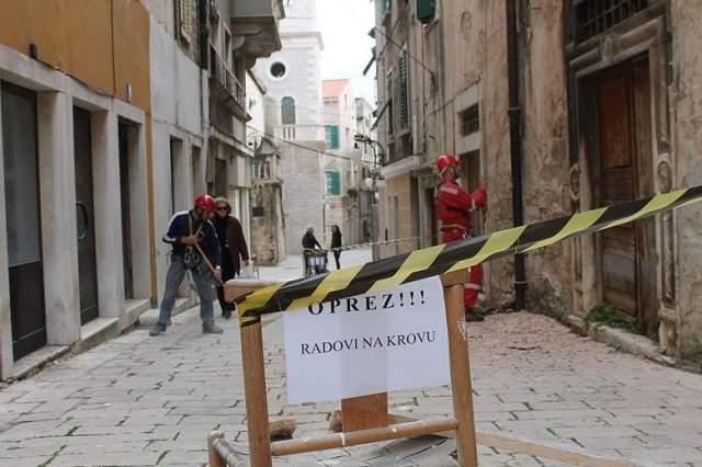 HGSS uređuje pročelja u gradskoj jeszgri Šibenika (Foto H. Pavić) (9)