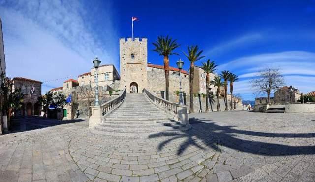 Korčulanska utvrda (foto TZ Korčula)