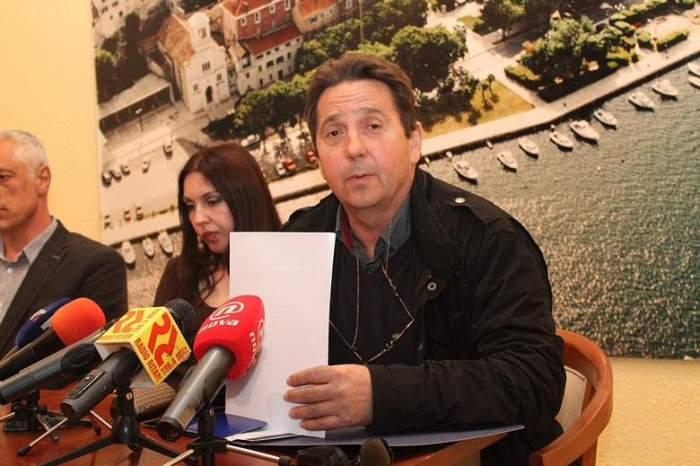Stipe Petrina žali se na progon Uskoka (Foto H. Pavić) 054