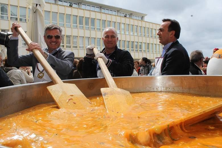Uskrsni doručak u Šibeniku: 5000 jaja i 300 Engleza