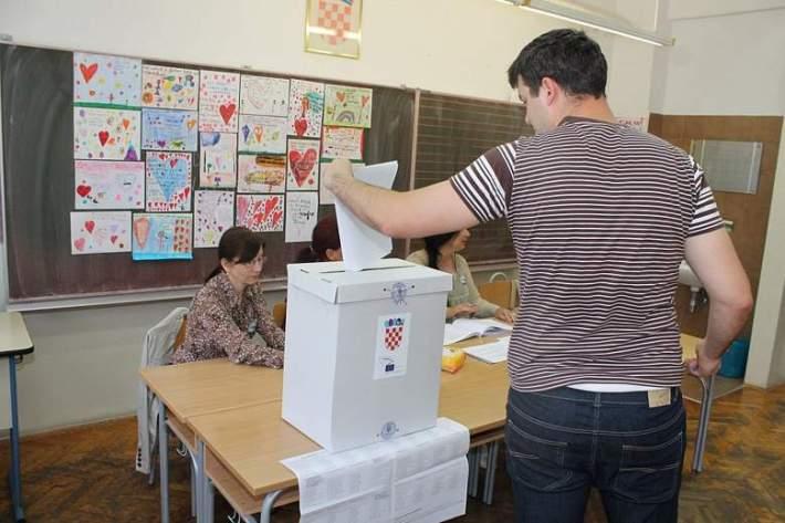 Izbori za Europski parlamet (Foto H. Pavić) (4)