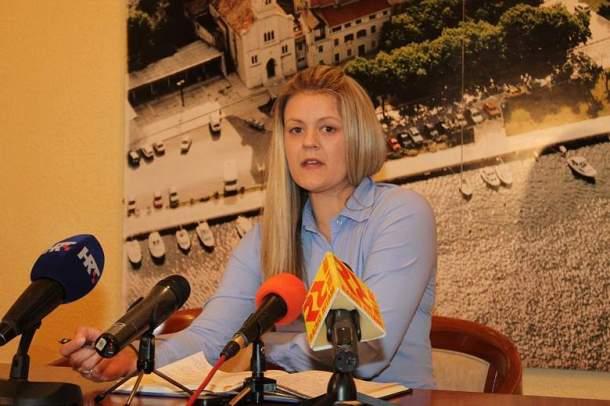 Matea Bašić - Konerencija za novinare SDP-a 23. svibnja 2014 (1)