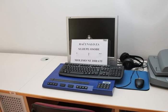 Računalo za slijepe i slabovidne u šibenskoj knjižnici