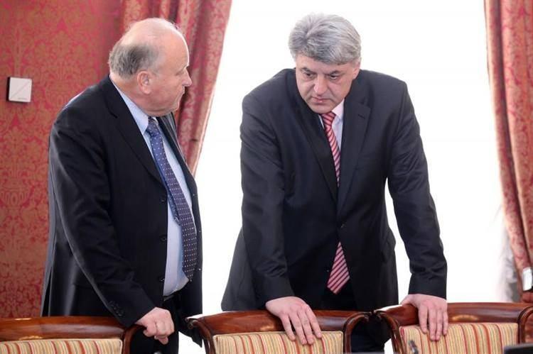 Post festum Glavnog odbora SDP-a: Ako odlazi Ostojić, morat će i Grčić(?!)