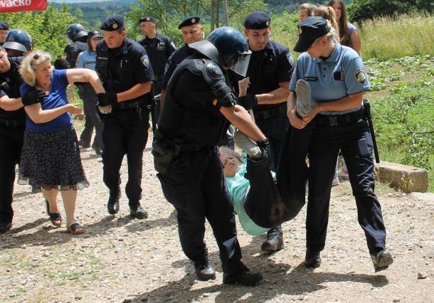 Deložacija u Potkonju (Foto H. Pavić) 130