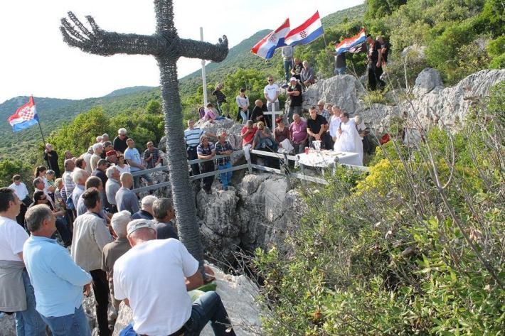Komemoracija nad Golubinkom (Foto H. Pavić) (4)