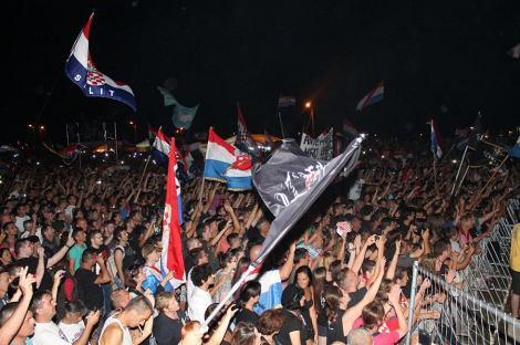 Thompson na koncertu u Čavoglavama - 5. kolovoza 2014. (Foto H. Pavić) (21)