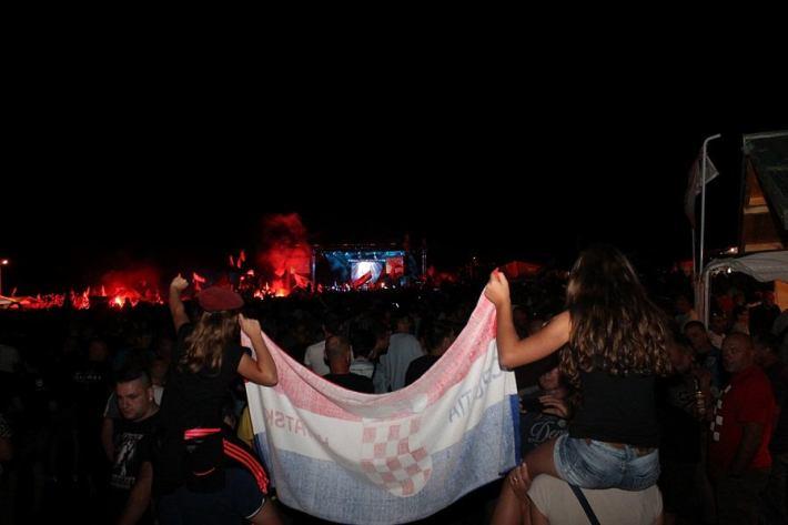 Thompson na koncertu u Čavoglavama - 5. kolovoza 2014. (Foto H. Pavić) (4)