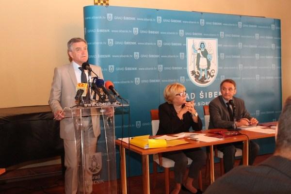 Gradsko vijeće Grada Šibenika - sjednica 25. rujna 2014. (Foto H. Pavić) (7)