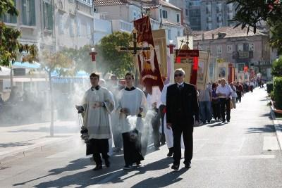 Kardinal Bozanić na proslavi sv. Mihovila u Šibeniku: 'Demonov zadah se širi strukturama'