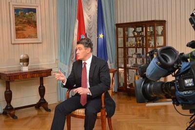 Premijer na televiziji (izvor: vlada.gov.hr)