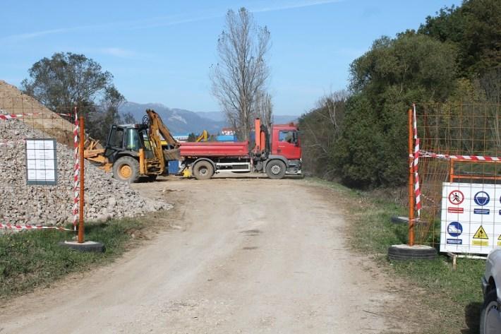 Sanacija nasipa Orašnice (Foto H. Pavić) (3)