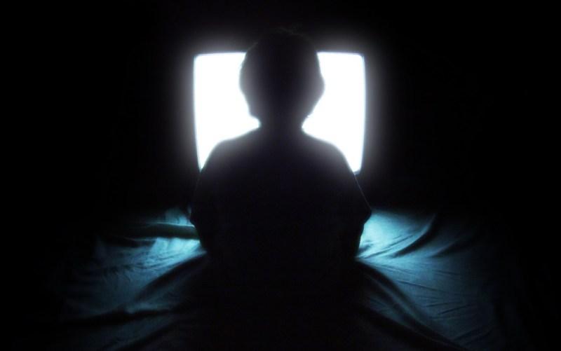 TV djetinjstvo: Agencija za eletroničke medije i UNICEF protiv prekomjernog zurenja u ekrane