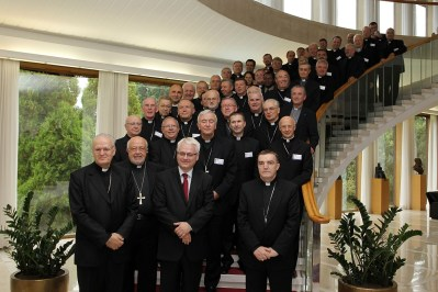 Poruka biskupa HBK za predsjedničke izbore: Od državnog poglavara se očekuje da poštuje priziv savijesti (!?)