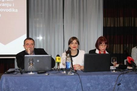 Agencija za ugljikovodike - javna rasprava (Foto H. Pavić) (14)