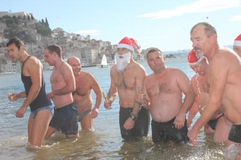 Novogodišnje kupanje na Banju (Foto H. Pavić) (33)