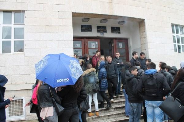 Srednja ekonomska škola - prosvjed učenika (Foto H. Pavić) (11)