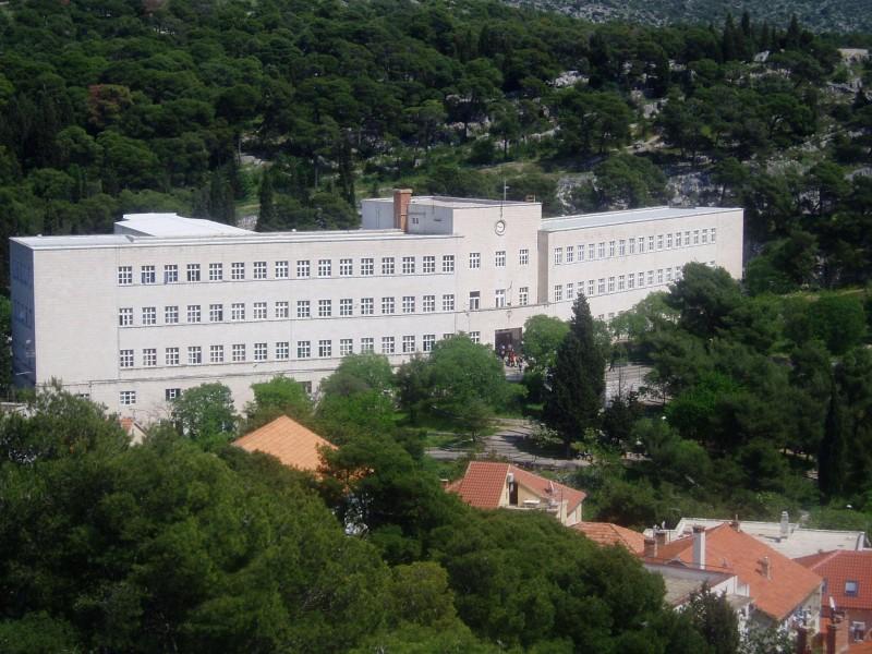 Zgrada Gimnazije Antuna Vrančića u Šibeniku