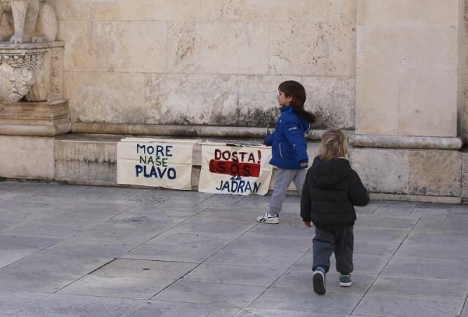Javna rasprava o 'bušenju Jadrana' (Foto H. Pavić) (2)