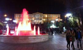 Syntagma - glavni trg u Ateni, u pozadini zgrada parlamenta (foto TRIS)