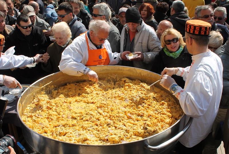 Uskršnji doručak u Šibeniku – blagovalo se do poslije podne