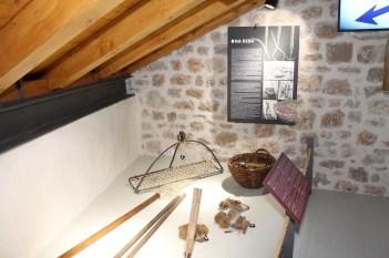 Među 350 eksponata ima i predmeta iz svakodnevnice, nevezanih za brodogradnju