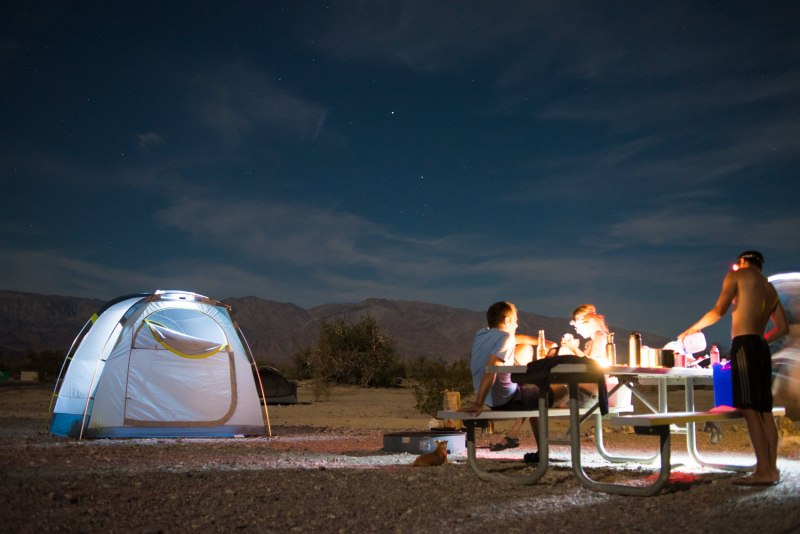 Kamp u Death Valleyju (Foto: Mark Christy)