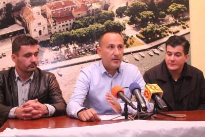 Hrvoje Zekanović, međinarodni tajnik stranke Valentino Dražić Celić, koordinator za 9. izbornu jedinicu Nenad Samaržija
