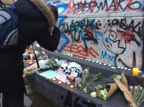 Cvijeće za žrtve (foto Danica Mračević Jurišić)