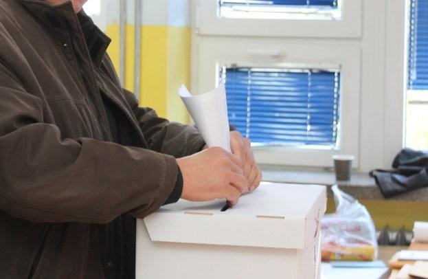 Izbori 2015. - glasovanje (4)