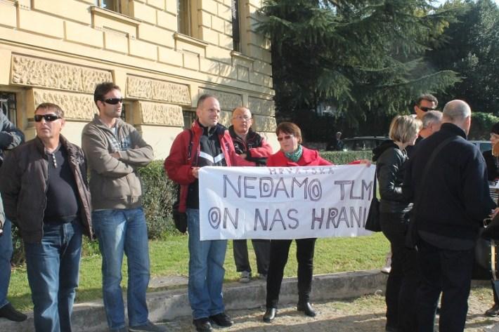 Trgovački sud - radnici TLM-a zatražili stečaj (Foto H. Pavić)  (4)