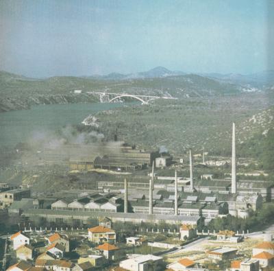 Nekadašnji dimnjaci Tvornice elektroda i ferolegura
