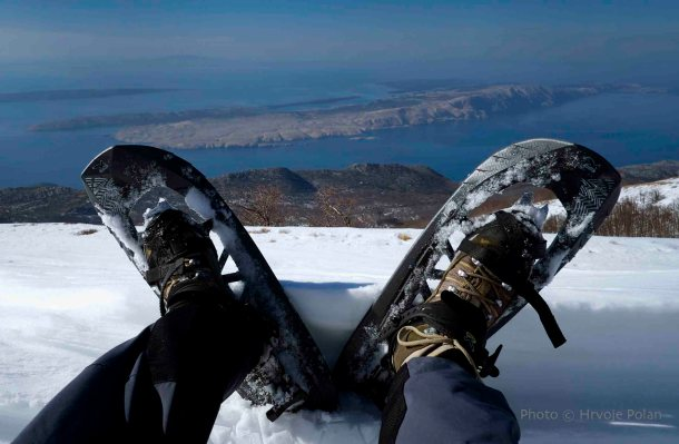 Velebit, noge i more (foto Hrvoje Polan)