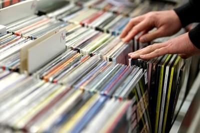 Čija se glazba najbolje prodavala u svijetu, Hrvatskoj i Šibeniku…