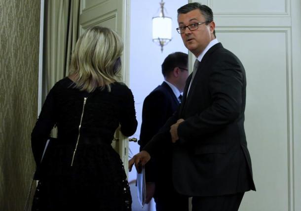 Odlazak s press konferencije - Foto HINA/ Lana SLIVAR DOMINIĆ
