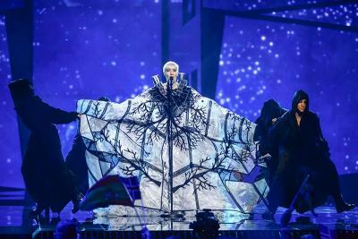 Nina Kraljić u finalu Eurosonga: Zaslužen uspjeh nacionalne 'izdajnice'