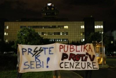 Inicijativa Sloboda Trećima: S krunicama protiv klerikalizacije medijskog prostora i zatiranja kritičkog mišljenja