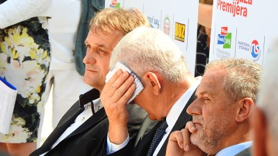 Milan Bandić u vrelom Kninu: Hrvatska treba normalnog čovjeka. Hvala Bogu, ja sam Milan Bandić.