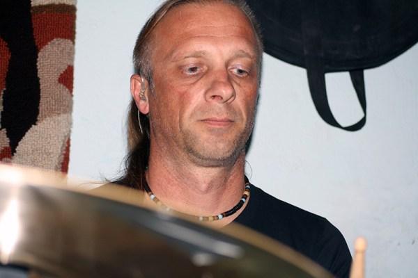 Ivica Crvelin Crv, bubnjar i majstor za struju (Foto: TRIS)